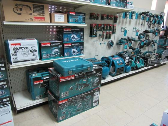 MOQ Promo offer for Makita LXT1500 18-Volt LXT Li-Ion Cordless 15-Piece kit